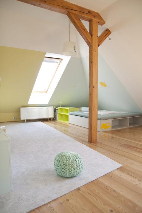 Prostorný pokojíček i na hraní
